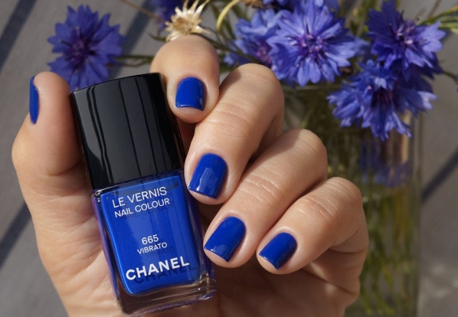 Chanel Le Vernis Nail Colour №665 Vibrato