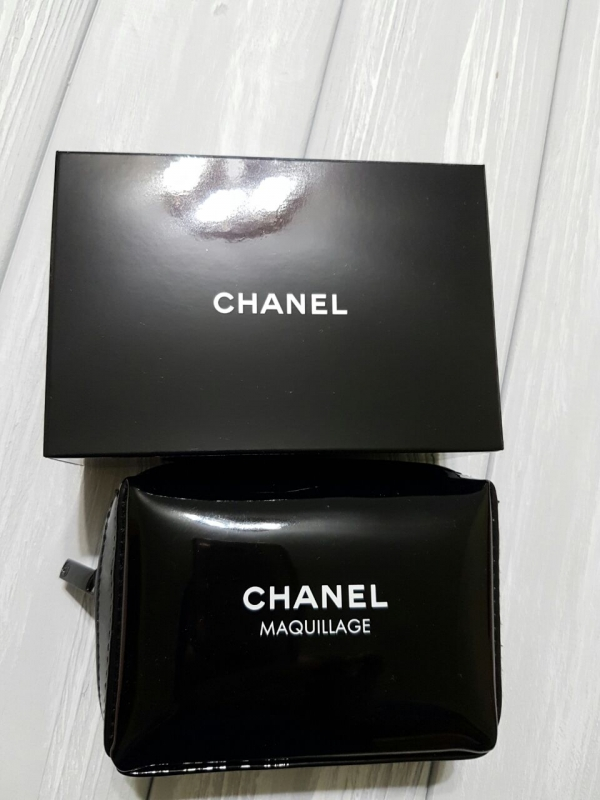 Chanel Maquillage косметичка